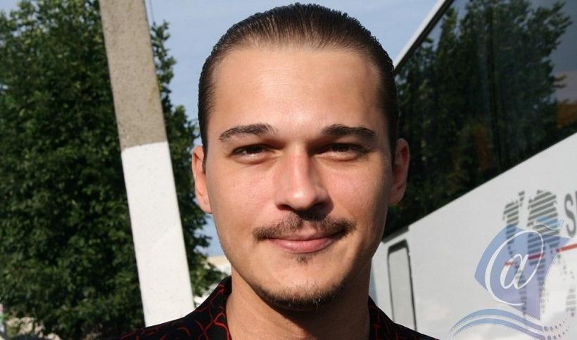 Илья Оболонков