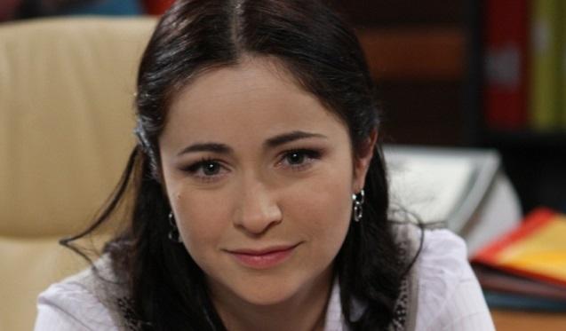 aktrisa-iz-molodozhenov-foto