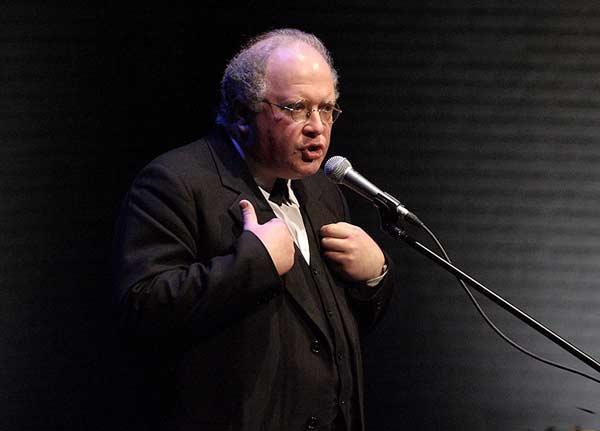 Павел Любимцев