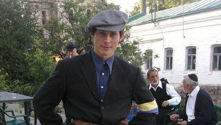 Денис Толяренко