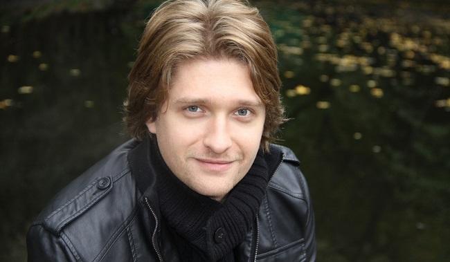 Дмитрий Пчела