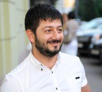 Актер Михаил Галустян фото