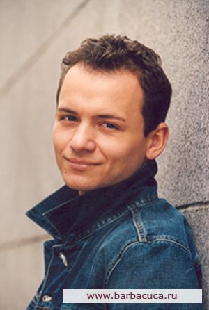 Актер Александр Олешко фото