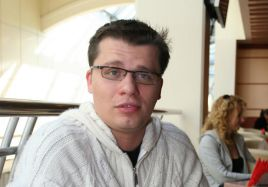 Гарик Харламов фото жизнь актеров