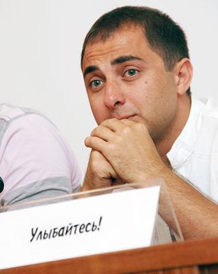 Демис Карибов актеры фото биография