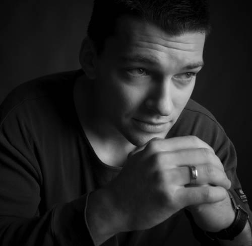 Даниил Страхов актеры фото биография