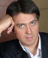 Актер Денис Матросов фото