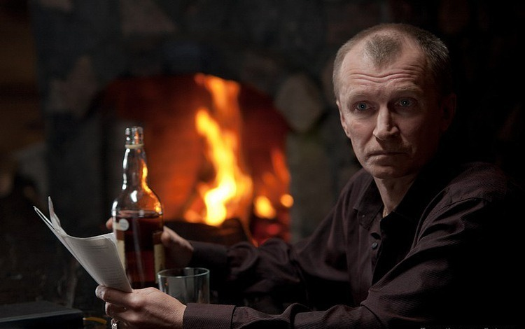 Актер Игорь Денисов фото
