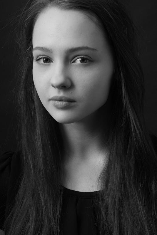 Юлия Хлынина актеры фото биография