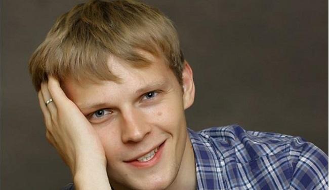 Актер Александр Орав фото