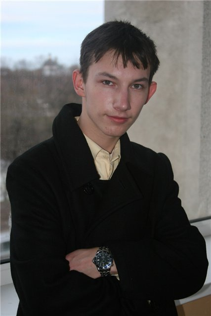 Фото актера Кирилл Емельянов