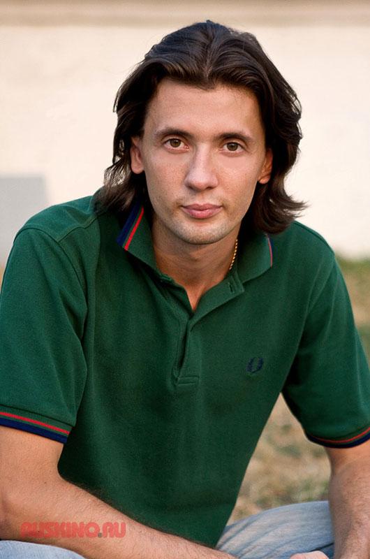 Артем Барсуков актеры фото биография