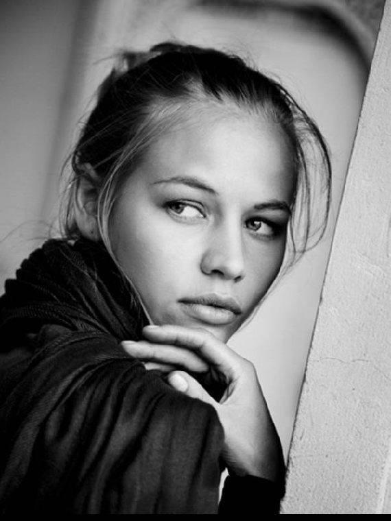 Фото актера Светлана Устинова