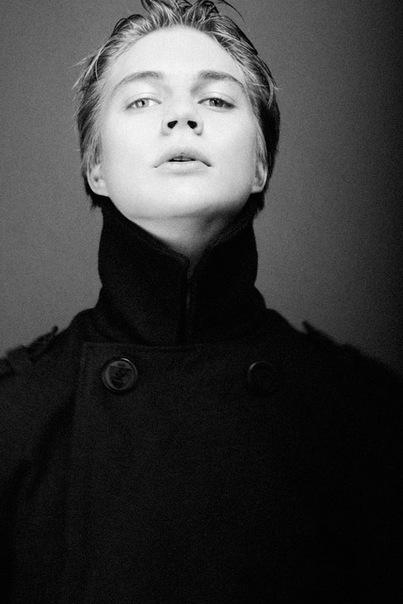 Актер Андрей Калугин фото