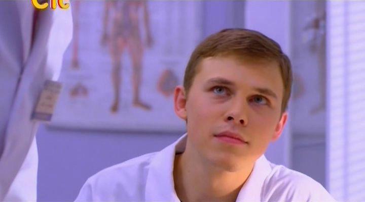 Актер Илья Шляга фото