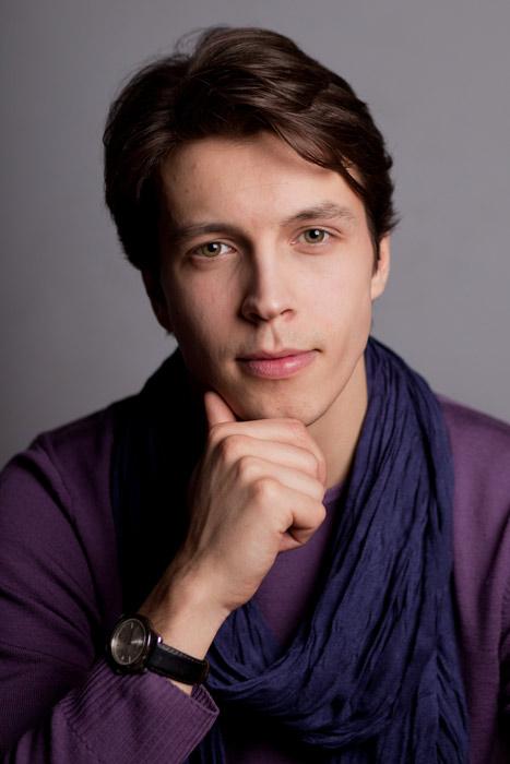 Фото актера Денис Васильев