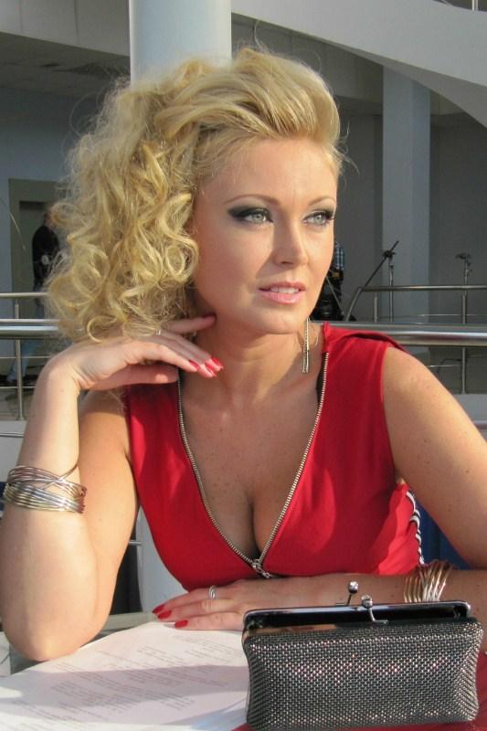Оксана Дорохина актеры фото биография