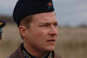 Актер Максим Меркулов фото