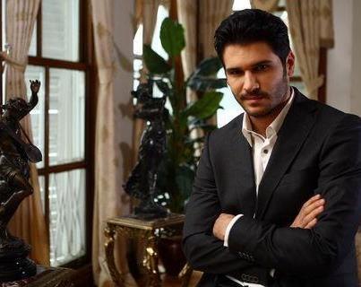Толгахан Сайышман актеры фото биография