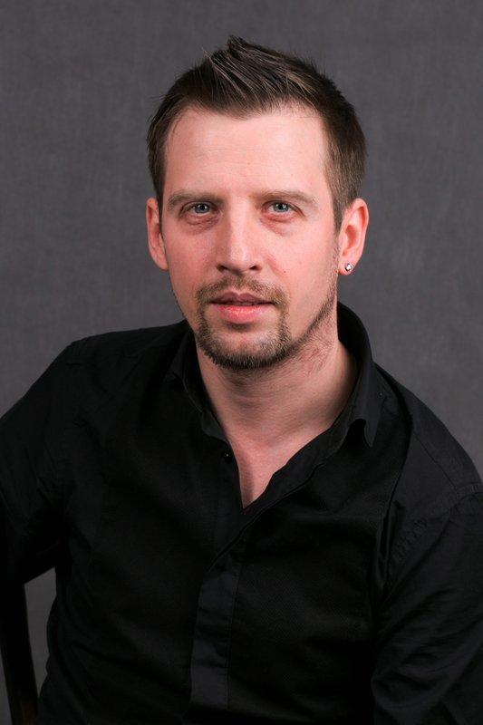 Фото актера Михаил Салин