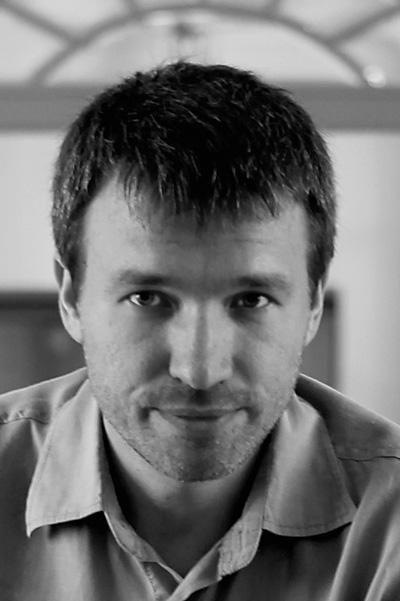 Максим Артамонов актеры фото биография