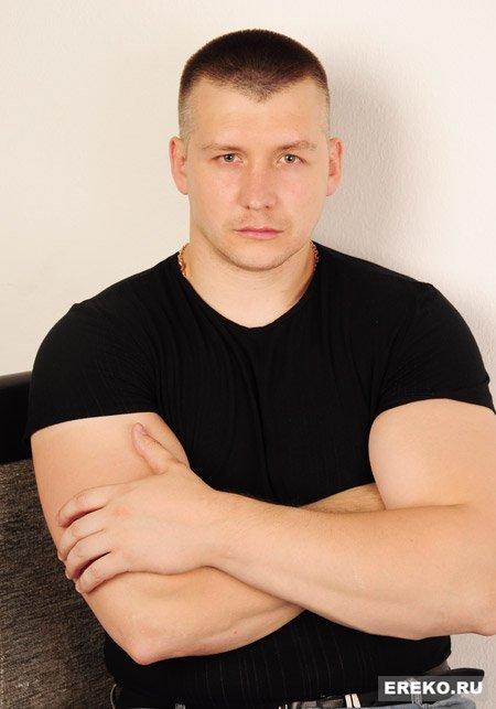 Максим Артамонов актеры фото сейчас