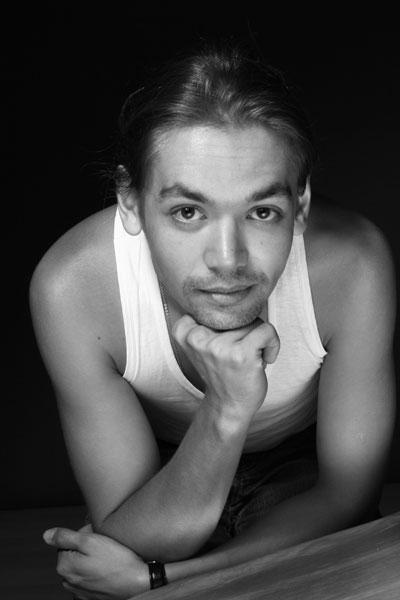 Актер Захар Хунгуреев фото