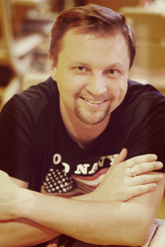 Фото актера Игорь Бондаренко (2)