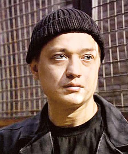 Актер Максим Зыков фото