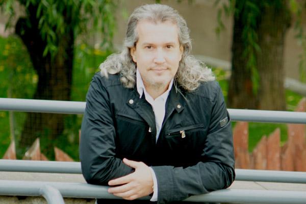 Актер Вячеслав Бондарчук фото