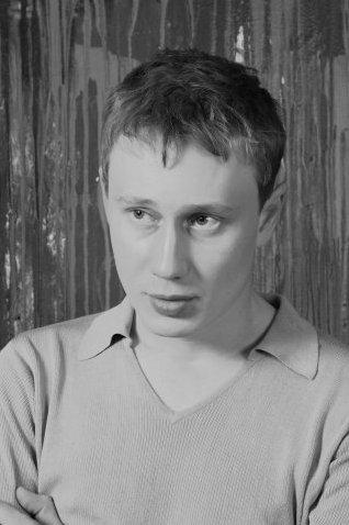 Актер Роман Санин фото