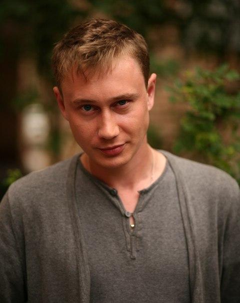 Роман Санин фото жизнь актеров