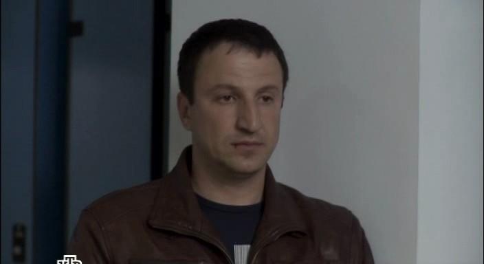 Актер Денис Синявский фото
