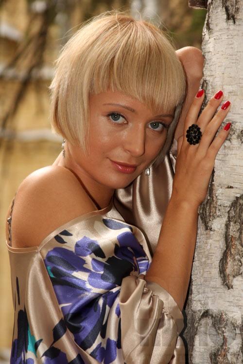 Актер Поля Полякова фото