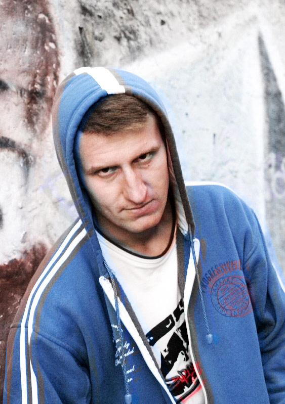 Актер Александр Новик фото