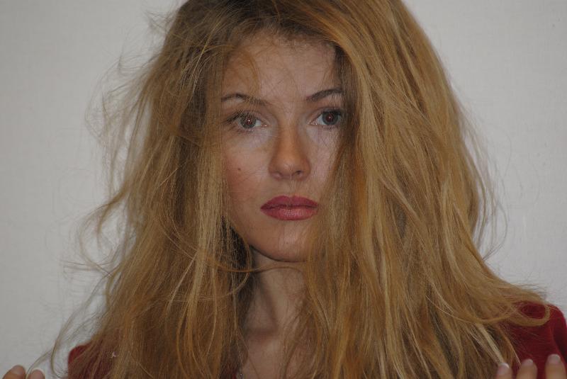Виктория Маслова актеры фото биография