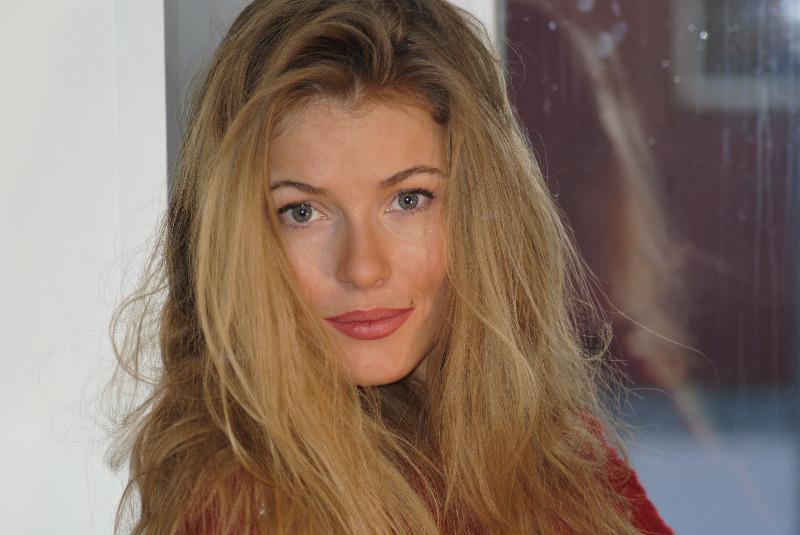 Фото актера Виктория Маслова