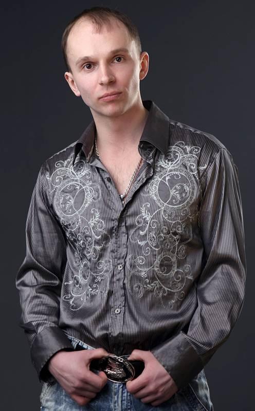 Актер Алексей Долгушин фото