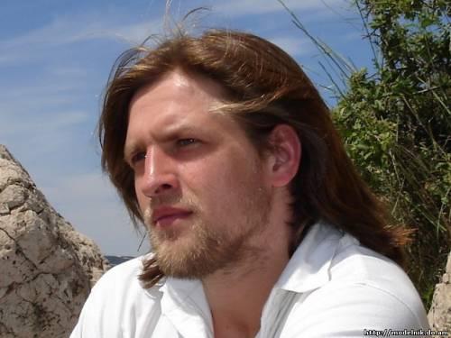 Актер Василий Кухарский фото