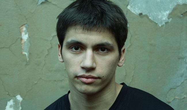 Антон Момот