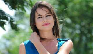 Актер Седа Гувен фото