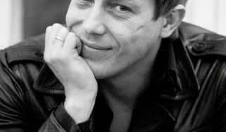Актер Александр Бухаров фото