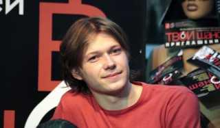 Актер Илья Соболев фото