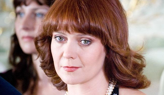 Нелли Попова