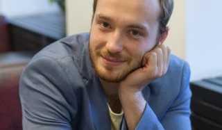 Фото актера Андрей Зарубин (2)