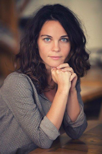 Актер Тюлин Озен (Tülin Özen) фото