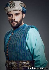Актер Салих Бадемчи фото
