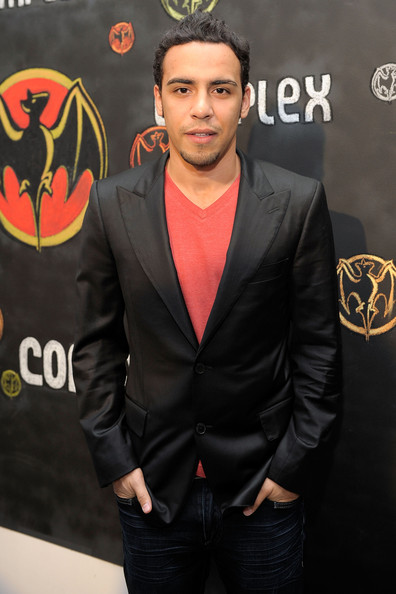 victor rasuk height