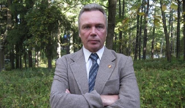 Анатолий Шкуров