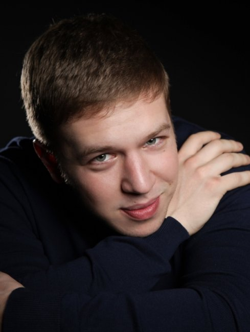 Олег Новиков (4) актеры фото биография